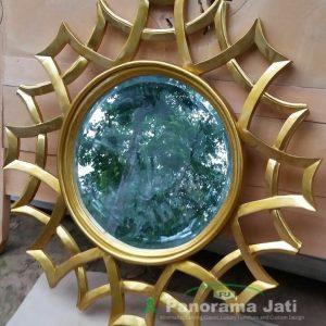 Cermin Jati Ukir Mewah